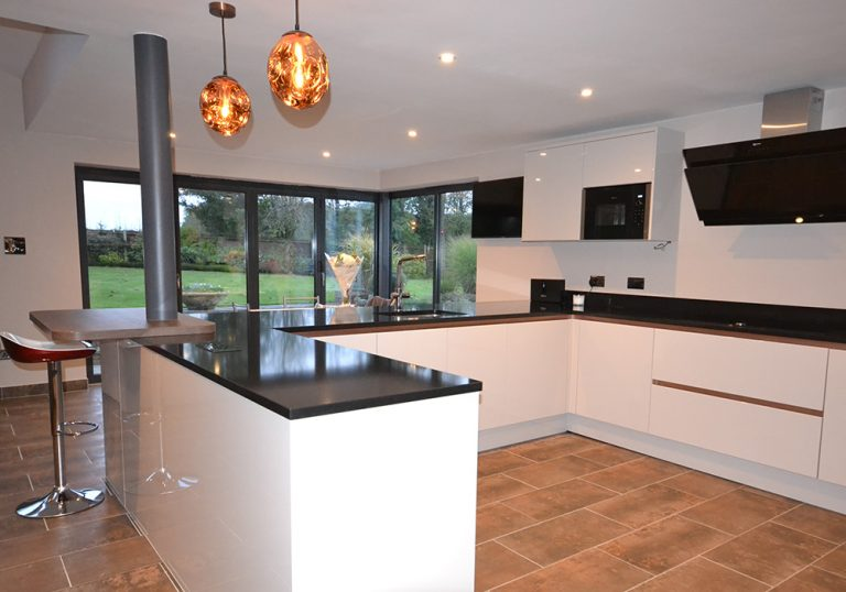 Kitchen installation in Studham